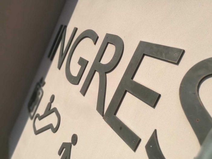lettere in rilievo segnaletica outlet village torino 3