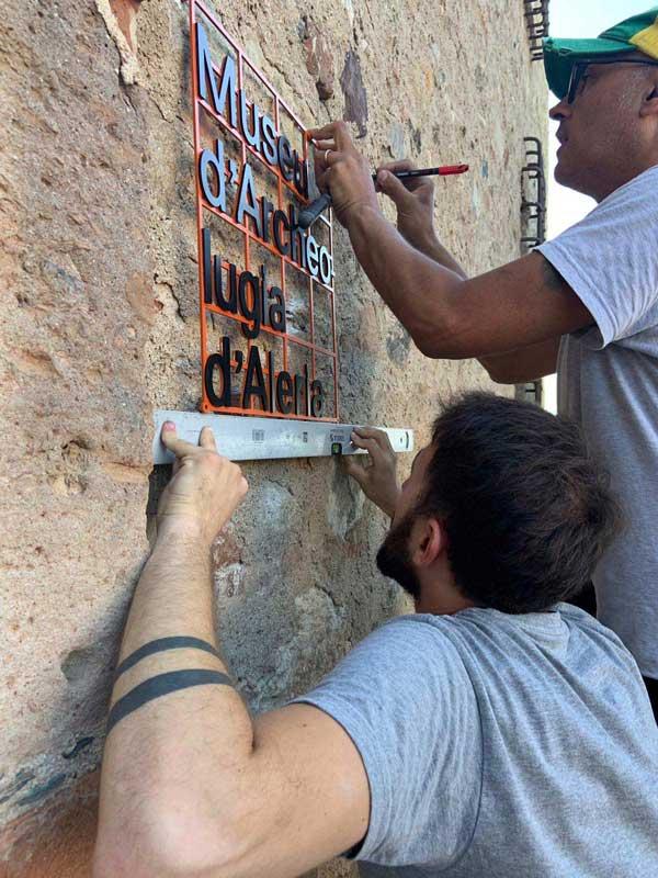 allestimento mostra museo archeologico ad'Aleria in Corsica da parte dei fabbricanti d'immagine 2