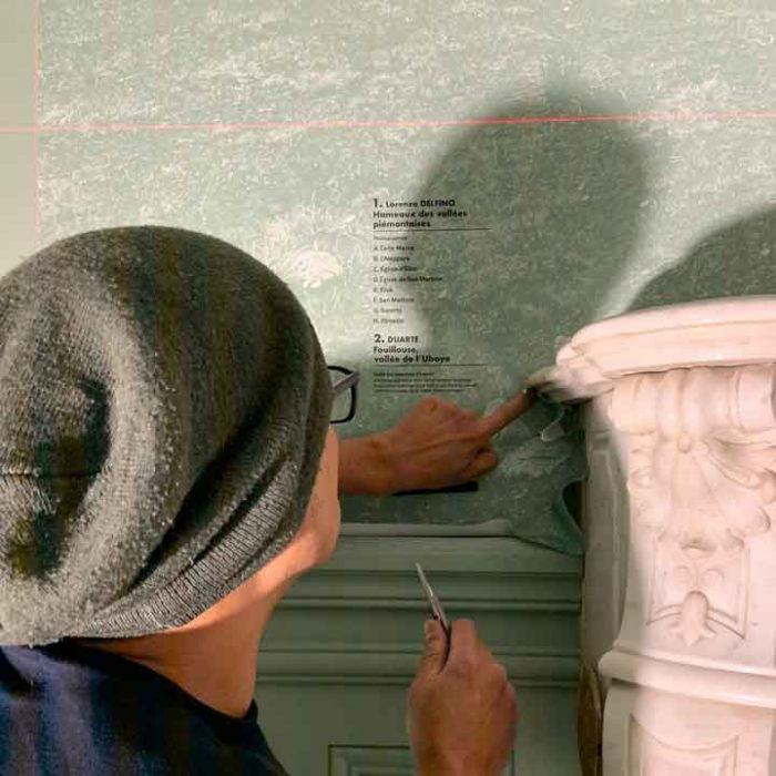 Rivestimento parete con adesivo del museo di Barcelonnette Musée de la Vallée - la Sapinière