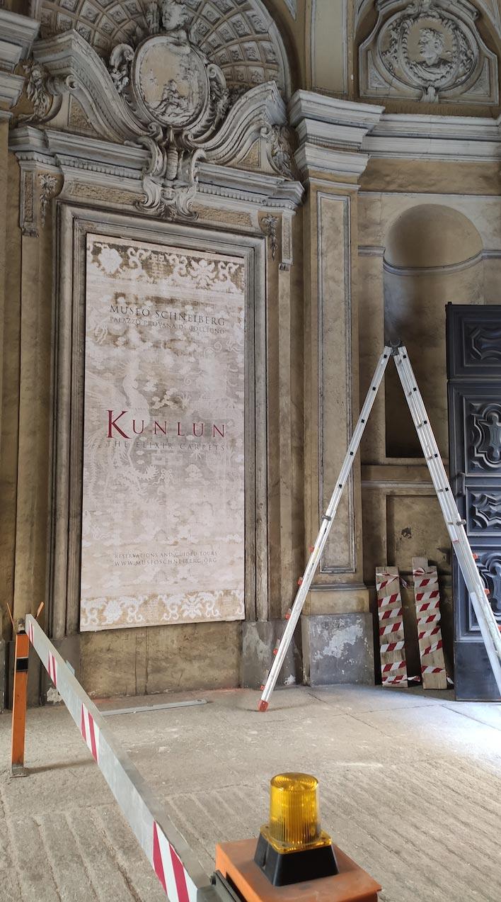 installazione banner torino museo dei tappeti