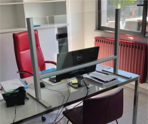 barriera parafiato, protezione dal covid-19 per uffici