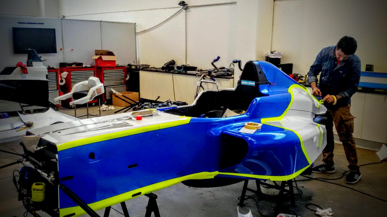 strisce auto tuning a torino
