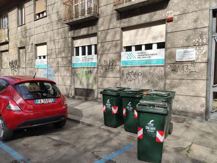 Studio odontoiatrico del malvò - realizzazione insegne luminose Torino